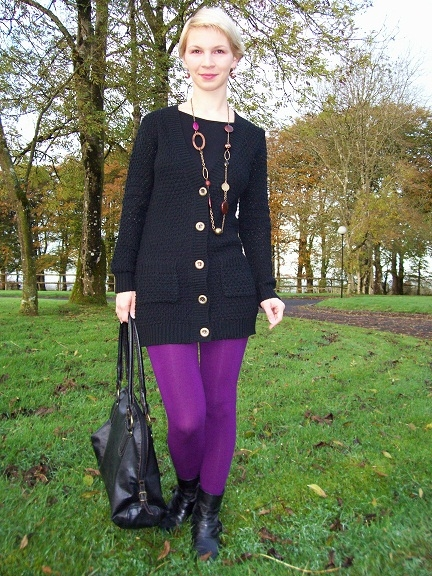 In the morning wearing purple tights with black cardi and my favourite gipsy necklace