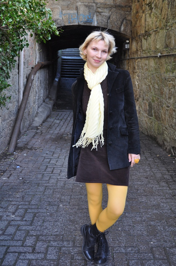 Bright yellow opaque tights - Topshop, Pale yellow scarf - Dunnes,  Vintage suede boyfriend jacket - thrifted, Corduroy mini skirt - purchased 7 years ago in Hungary, Boots - Hunter, Plastic ring -
