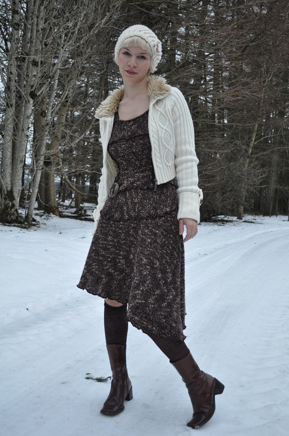 Dress - gift from Portugal, cardigan - Fluid €20, tights - Benetton in Spain, boots - thrifted, beret - Penney's €3
